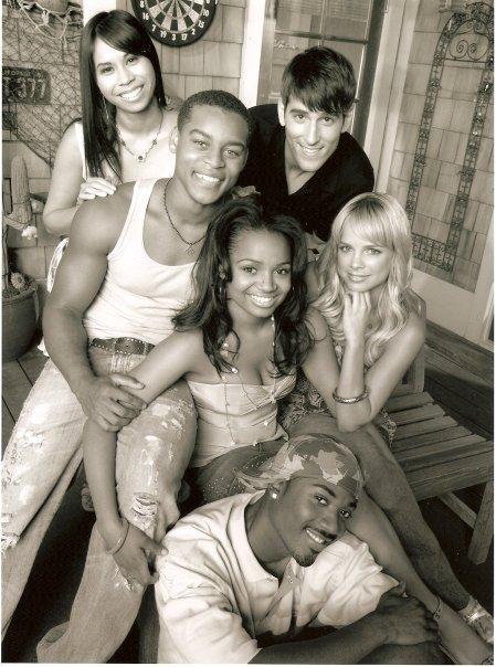 Ray J, Kyla Pratt, Robert Ri'chard, Nicole Paggi, Camille Mana, and Jonathan Chase in One on One (2001)