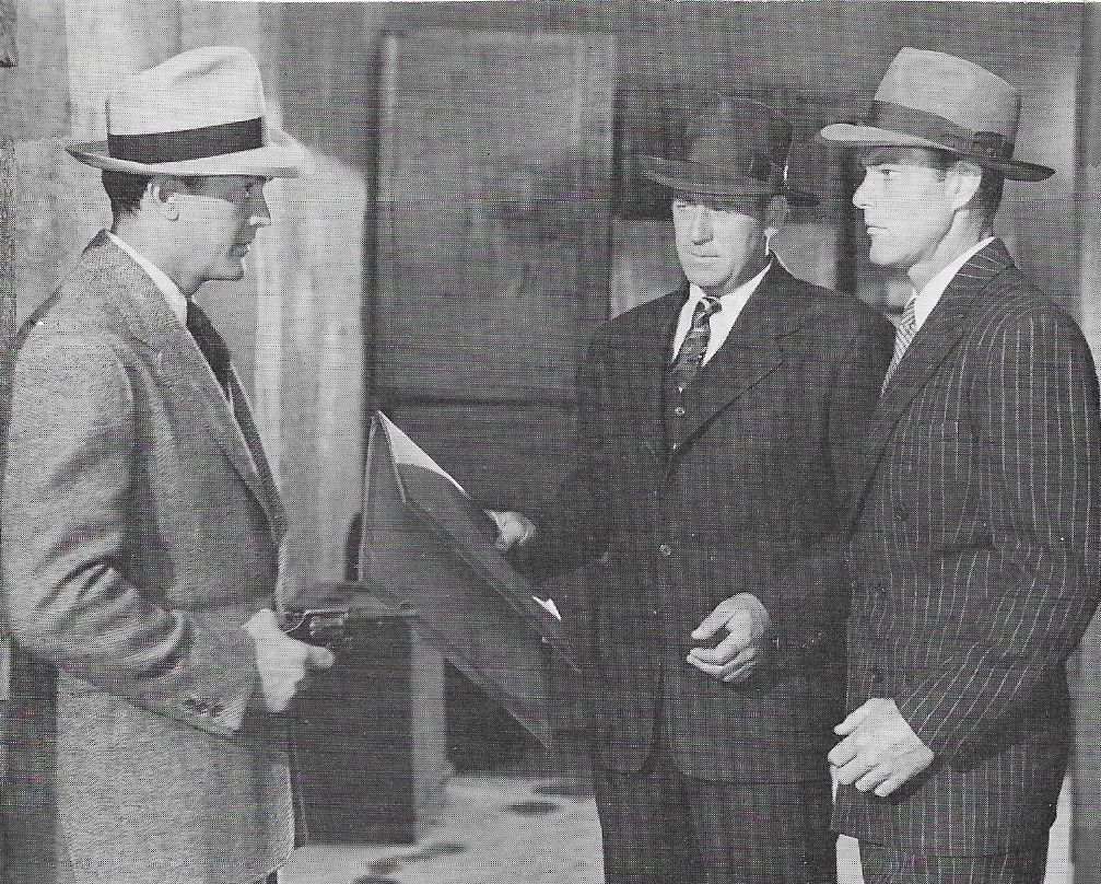 Kirk Alyn, Roy Barcroft, and Tom Steele in Federal Agents vs. Underworld, Inc. (1949)