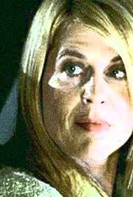 Linda Hamilton in Thief (2006)