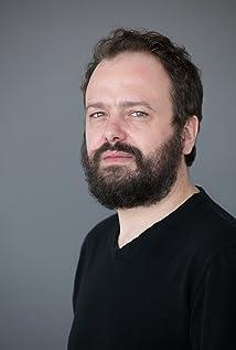 Rodrigo Santacruz Picture