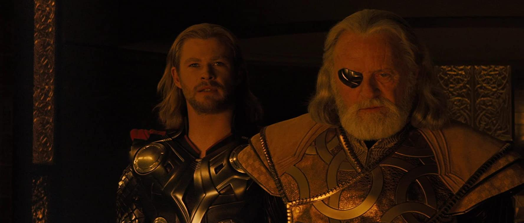 Anthony Hopkins and Chris Hemsworth in Thor (2011)