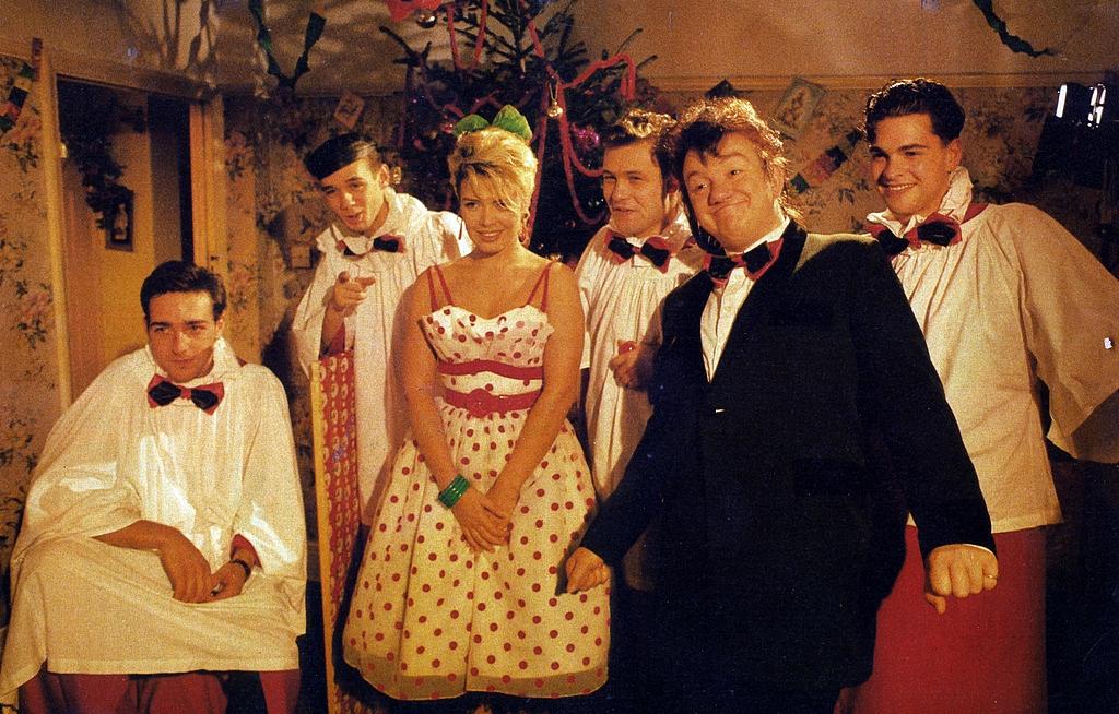 - Mel & Kim: Rockin' Around The Christmas Tree (1987)