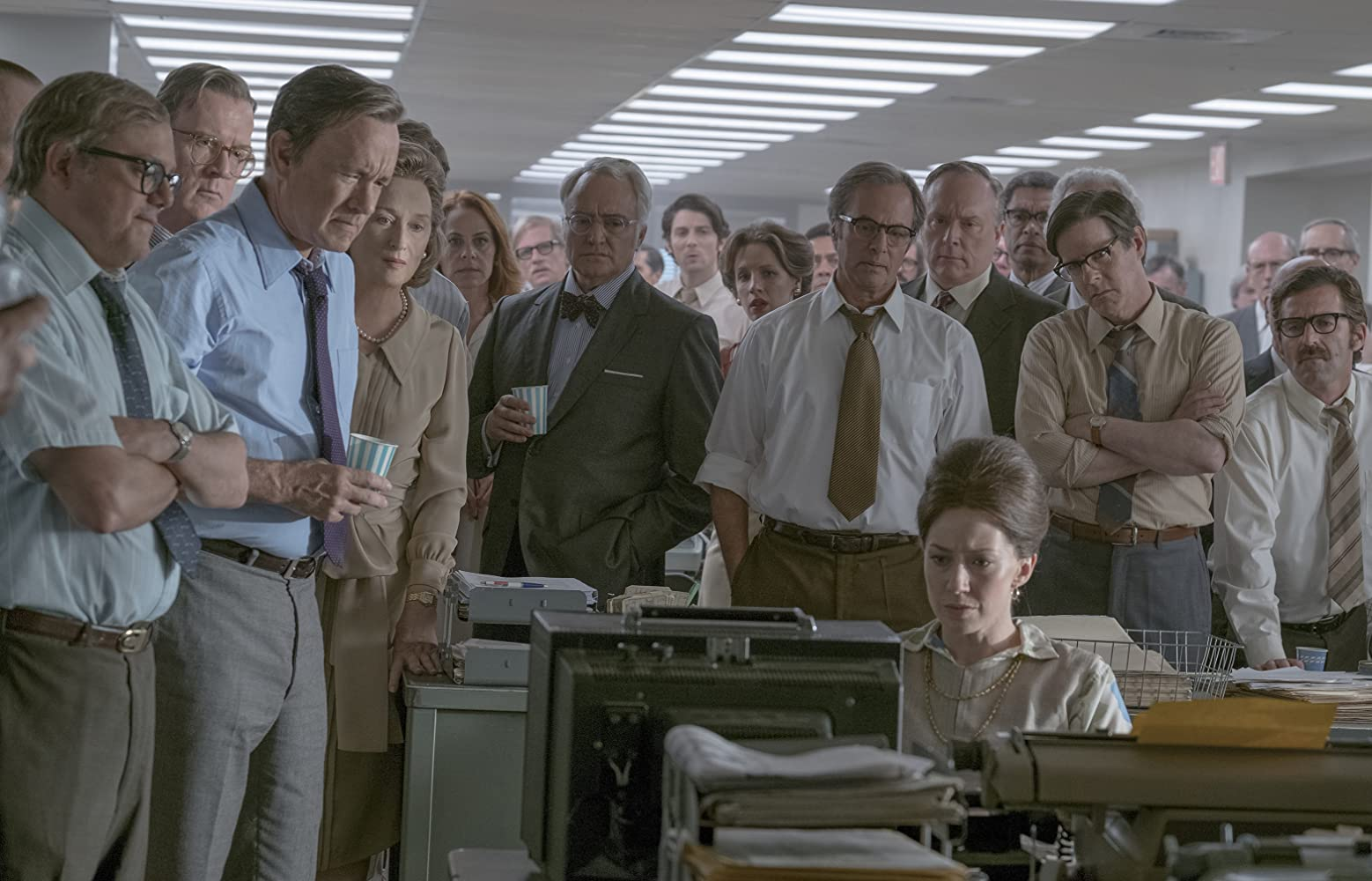Tom Hanks, Meryl Streep, Philip Casnoff, David Cross, Tracy Letts, Bradley Whitford, Jessie Mueller, and Carrie Coon in The Post (2017)