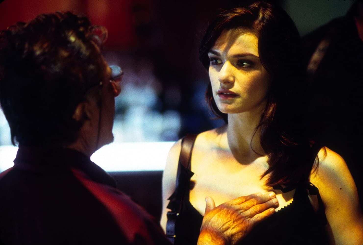 Dustin Hoffman and Rachel Weisz in Confidence (2003)