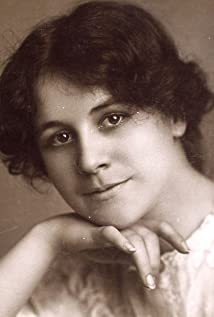 Lillian Albertson Picture