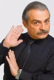 Haluk Bilginer in Siki dostlar (2009)