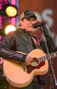 Rodney Atkins at an event for Dick Clark's Primetime New Year's Rockin' Eve with Ryan Seacrest 2014 (2013)