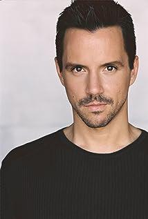 Enrique Sapene Picture