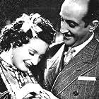Niní Marshall and Enrique Serrano in Casamiento en Buenos Aires (1940)