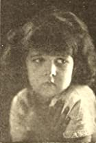 Lorna Volare