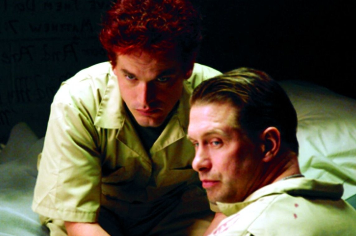Stephen Baldwin and Kevin Downes in Six: The Mark Unleashed (2004)