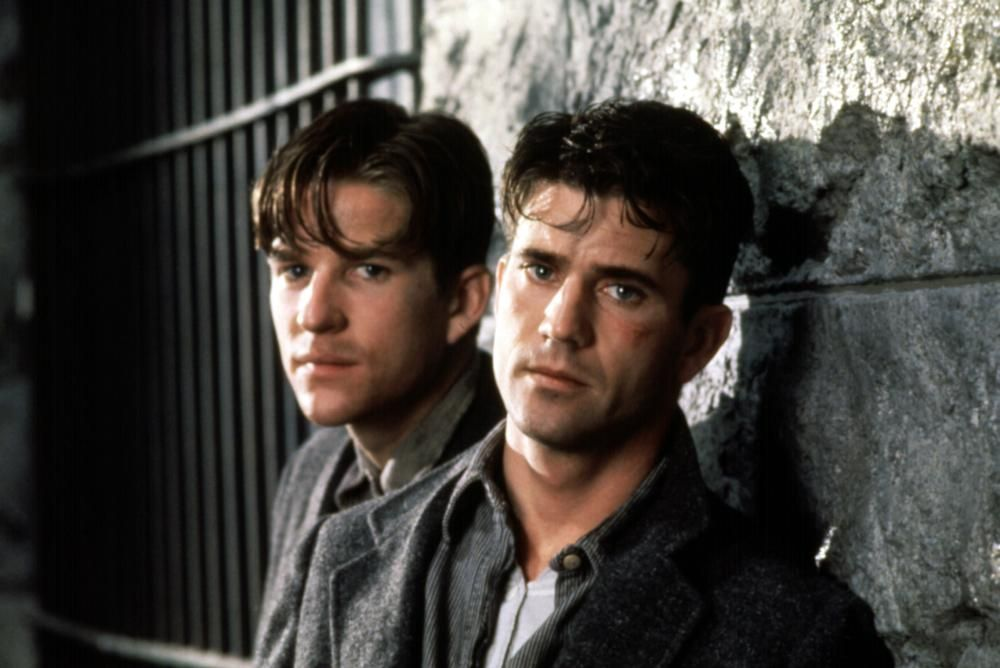 Mel Gibson and Matthew Modine in Mrs. Soffel (1984)