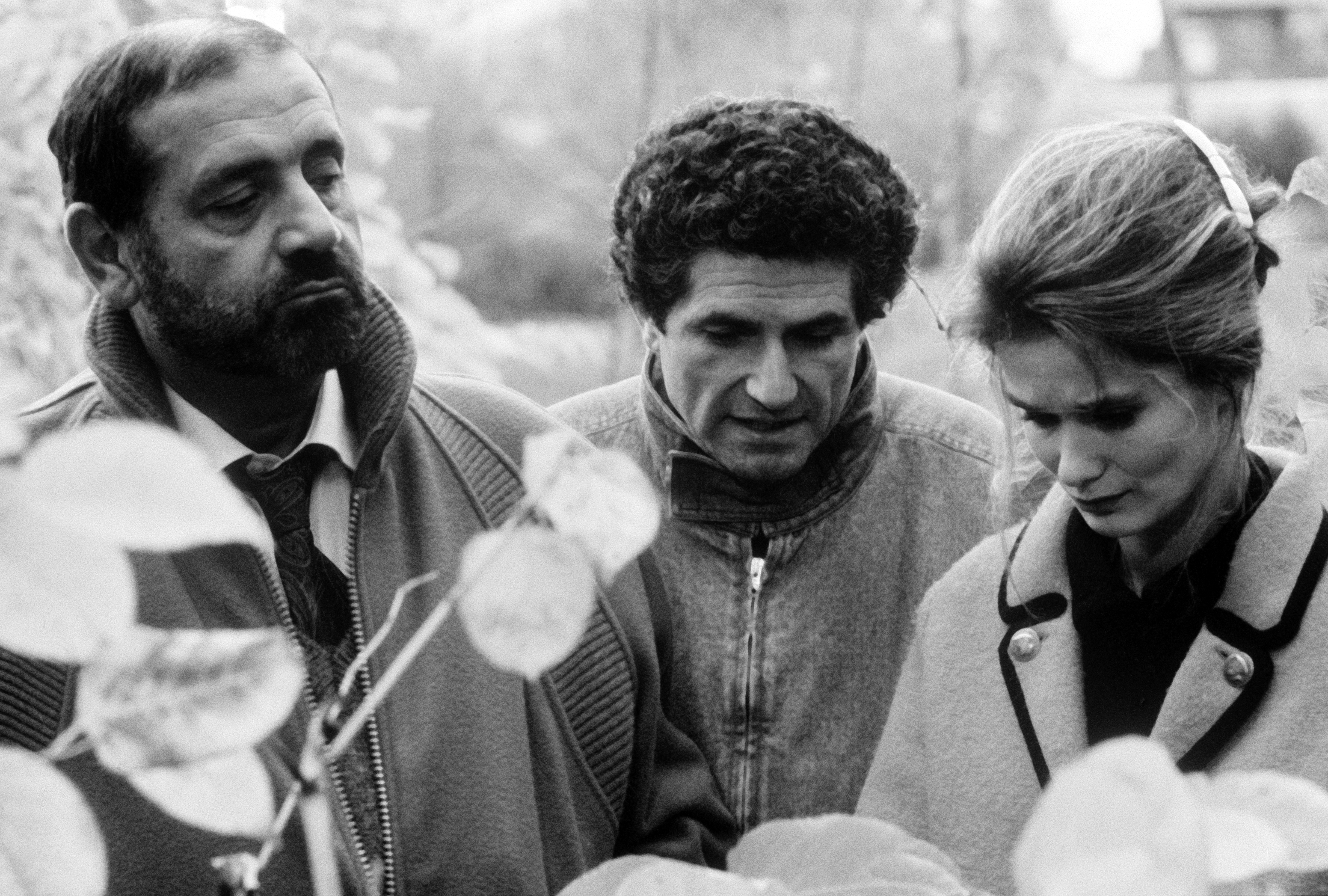 Marie-Sophie L., Claude Lelouch, and Jean Yanne in Attention bandits! (1986)