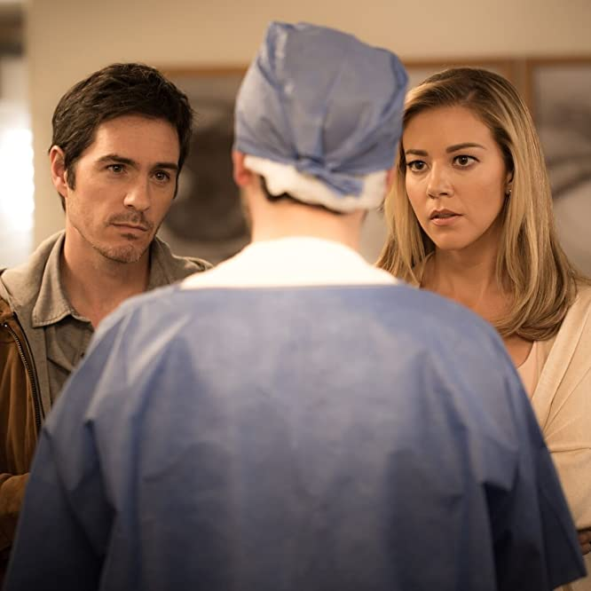 Rodrigo Cachero, Mauricio Ochmann, and Fernanda Castillo in Ya Veremos (2018)