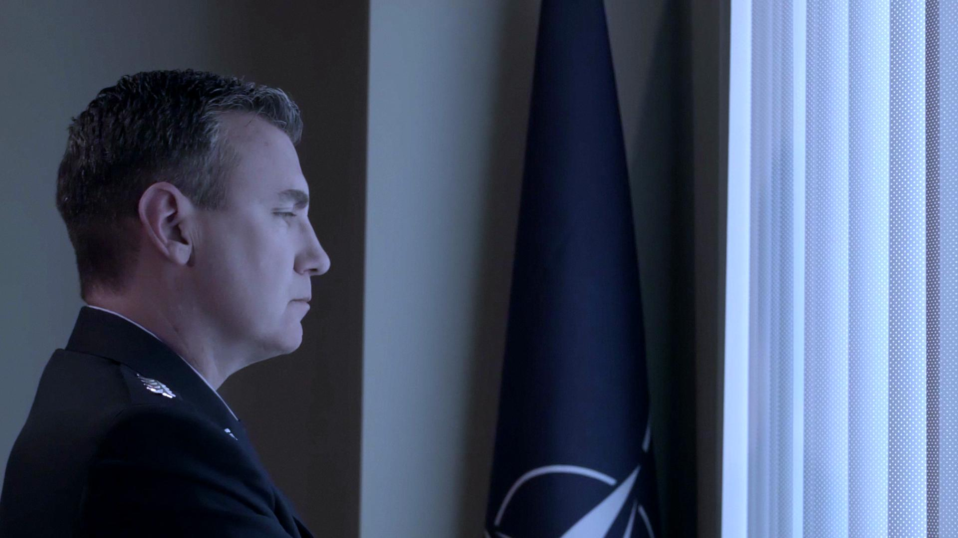 Paul Noonan in First Signal