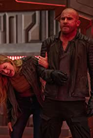 Dominic Purcell and Jes Macallan in Legends of Tomorrow (2016)