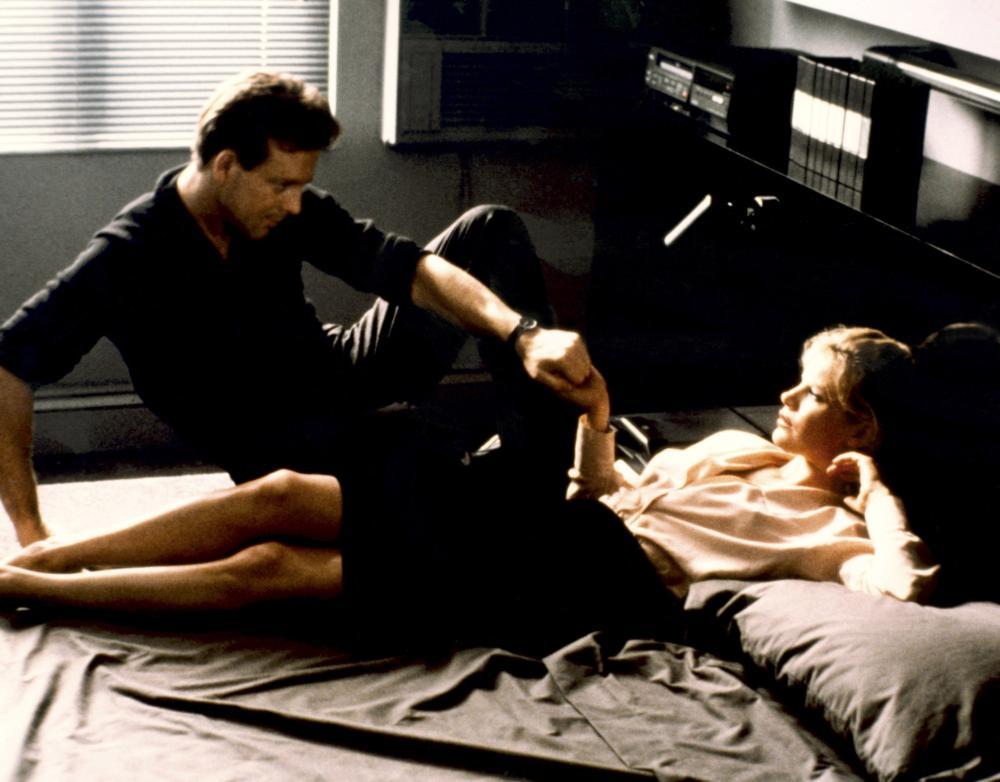 Kim Basinger And Mickey Rourke In Nine 1 2 Weeks 1986