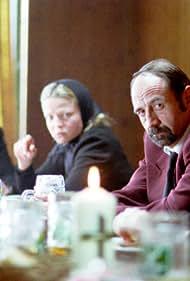 Dietrich Siegl, Johanna Bittenbinder, and Michou Friesz in Polt muss weinen (2000)