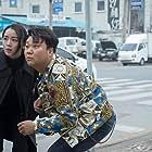 Hye-Sun Shin and Hang-ho Tae in Gyul-baek (2020)