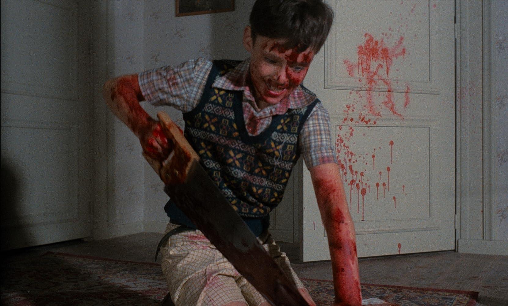 Alejandro Hernández in Mil gritos tiene la noche (1982)
