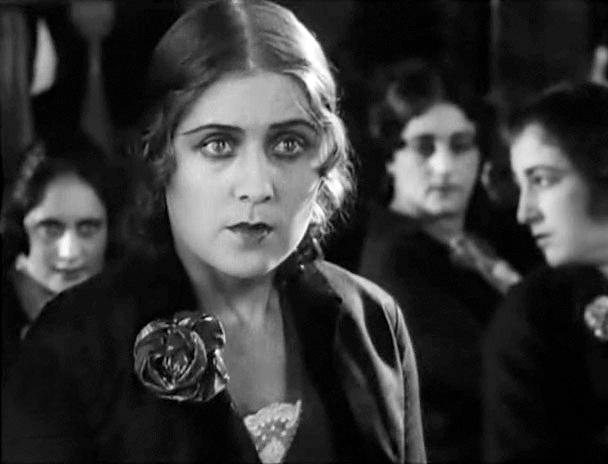 Vera Malinovskaya in Chelovek iz restorana (1927)