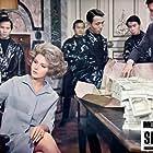 Sylva Koscina in Monnaie de singe (1966)