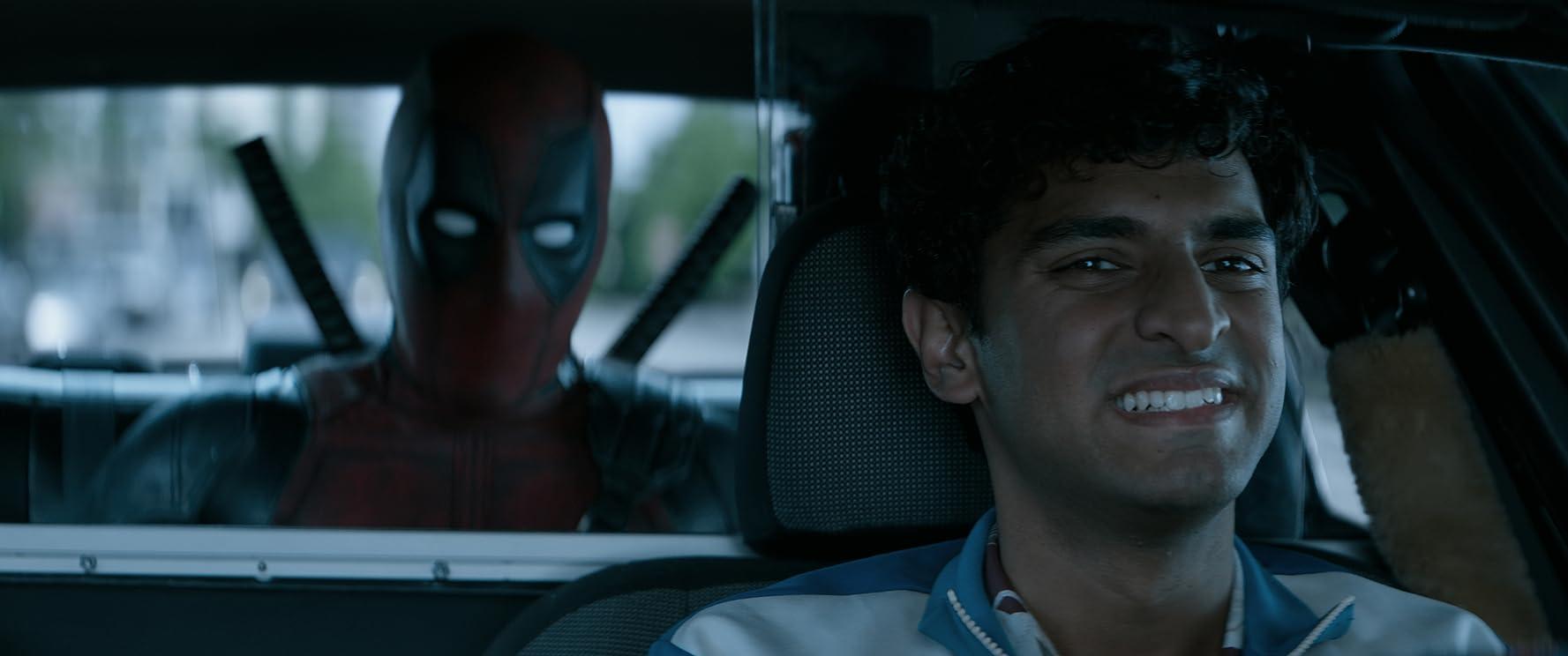 Ryan Reynolds and Karan Soni in Deadpool 2 (2018)
