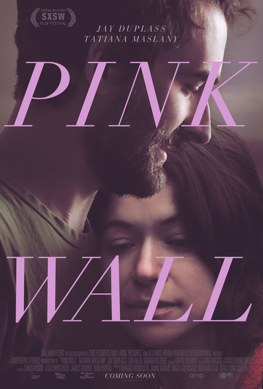 Jay Duplass and Tatiana Maslany in Pink Wall (2019)