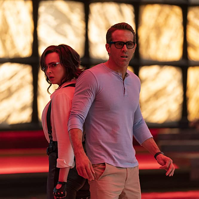 Ryan Reynolds and Jodie Comer in Free Guy (2021)