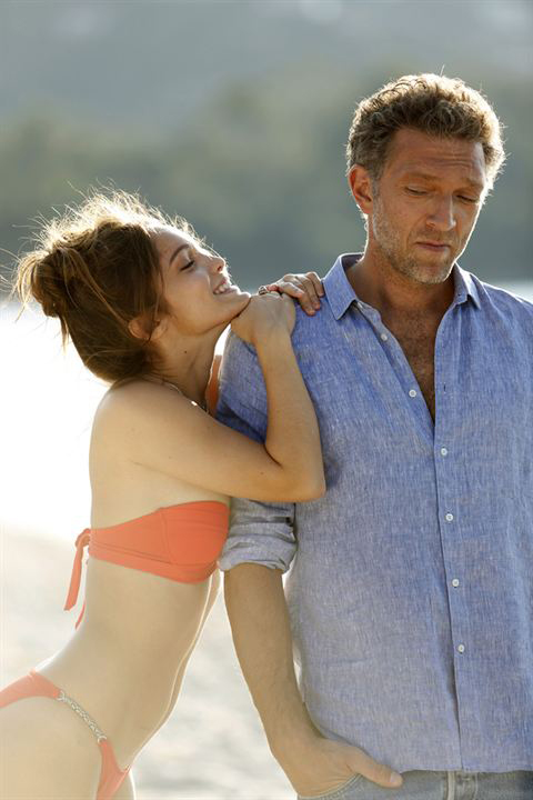Vincent Cassel and Lola Le Lann in Un moment d'égarement (2015)