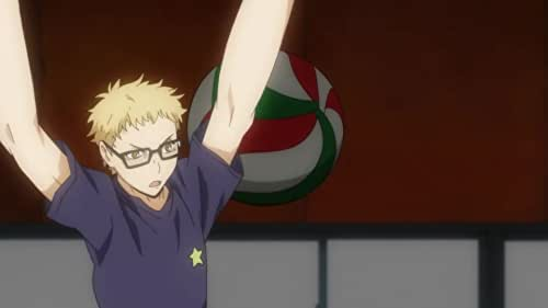 """Determined to be like the volleyball championship's star player Shouyou, a short boy nicknamed """"the small giant,"""" joins his school's volleyball club."""
