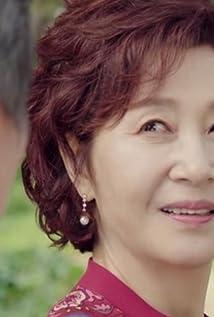 Kim Hye-Ok Picture
