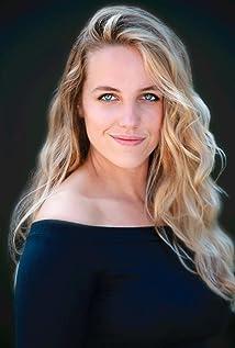 Lindsay Corriveau Picture