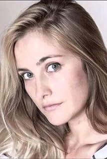 Josefina Pieres Picture