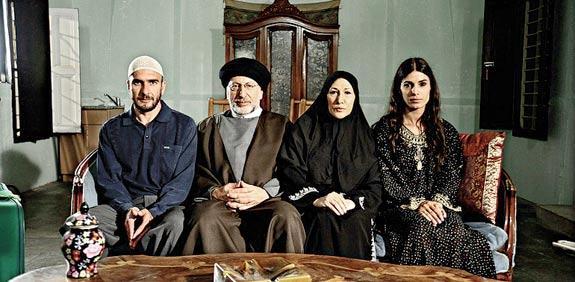 Makram Khoury, Ahuva Keren, Assi Cohen, and Hadar Ratzon Rotem in Hatufim (2009)