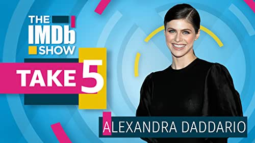 Alexandra Daddario Wants to Be a Teenage Witch