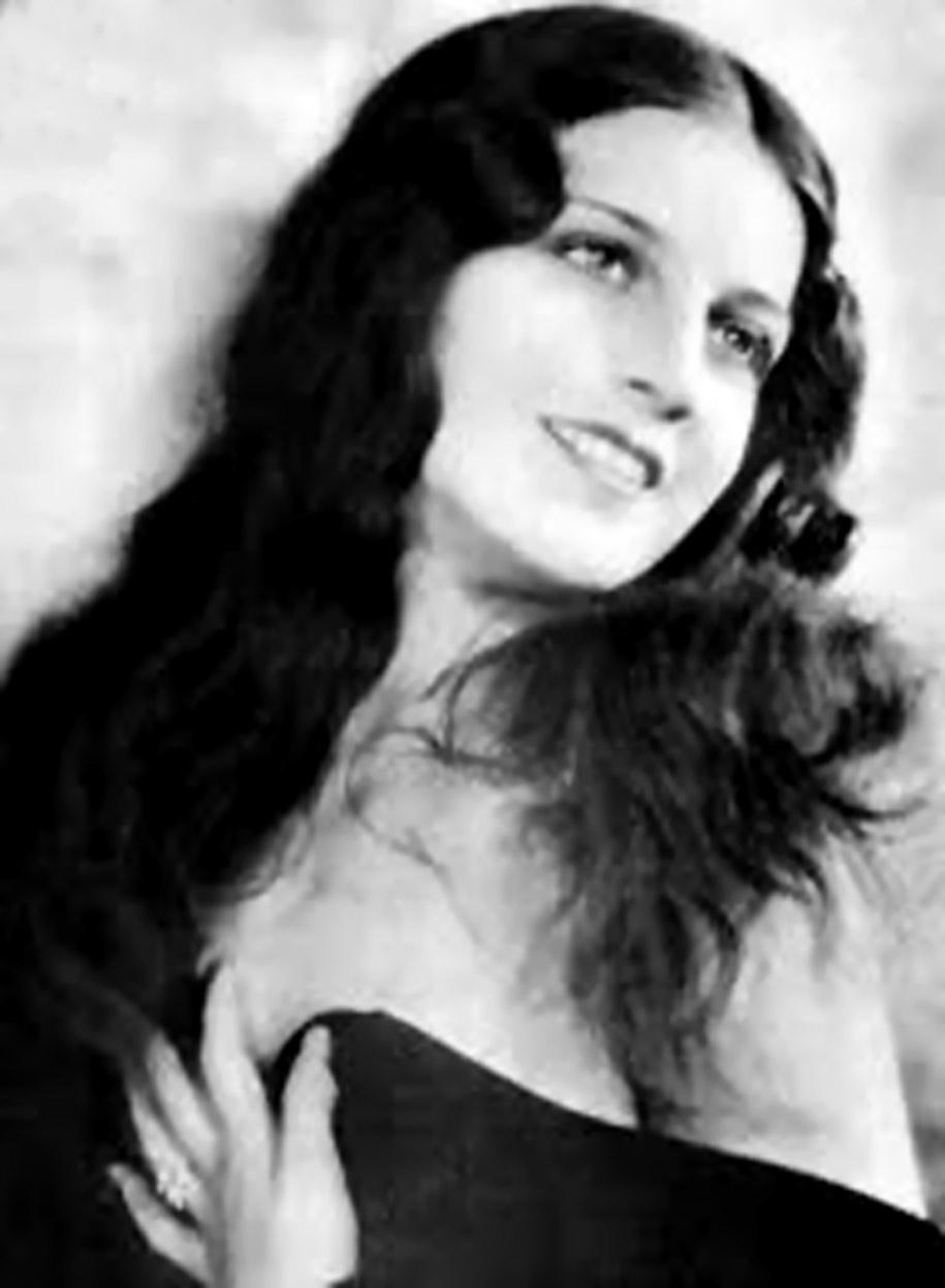 Luana Alcañiz
