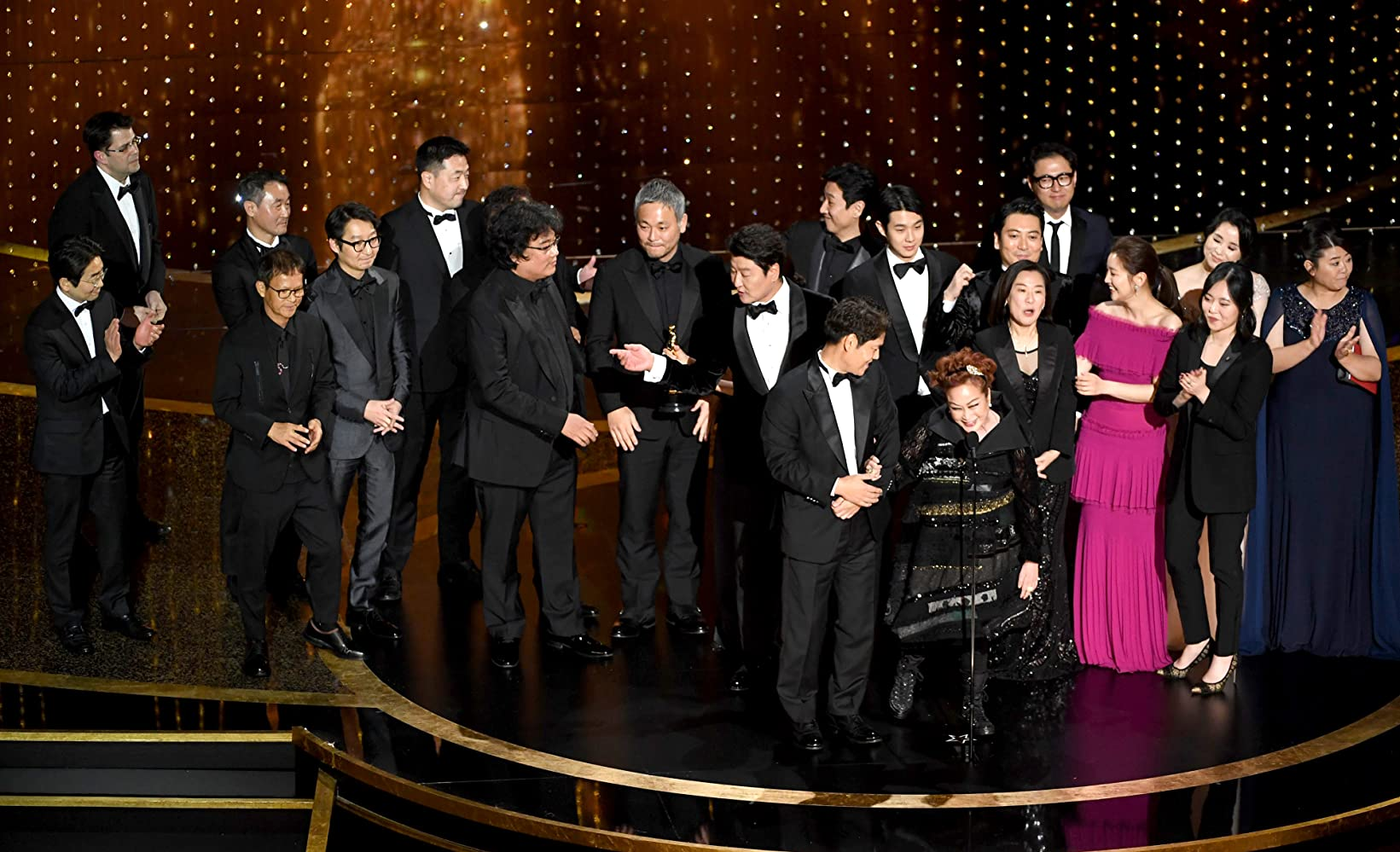 Bong Joon Ho, Kang-ho Song, Sun-kyun Lee, Yeo-jeong Jo, Yang-kwon Moon, Ha-jun Lee, So-dam Park, and Jin Won Han at an event for The Oscars (2020)