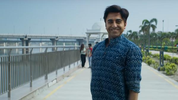 Bala (2019) Film Indian Online Subtitrat in Romana