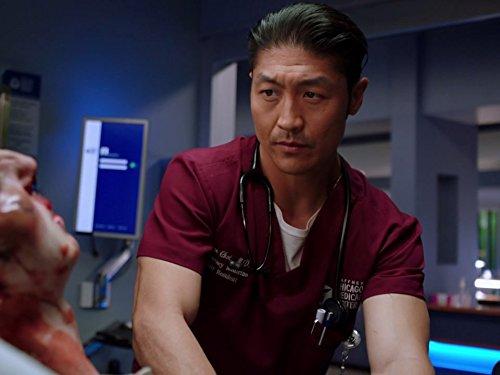 кадр №3 из фильма Медики Чикаго (2015) 4 сезон