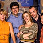 Anabel Alonso, Amparo Baró, Gonzalo de Castro, Florentino Fernández, Blanca Portillo, and Guillermo Toledo in 7 vidas (1999)