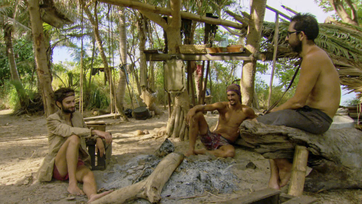 anle-naked-male-survivor-castaway-pics-tight