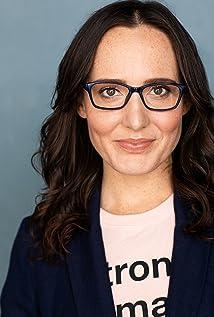 Victoria Hansen Picture