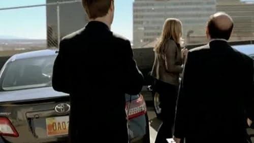 In Plain Sight: Art Of The Steal (Season Premiere)