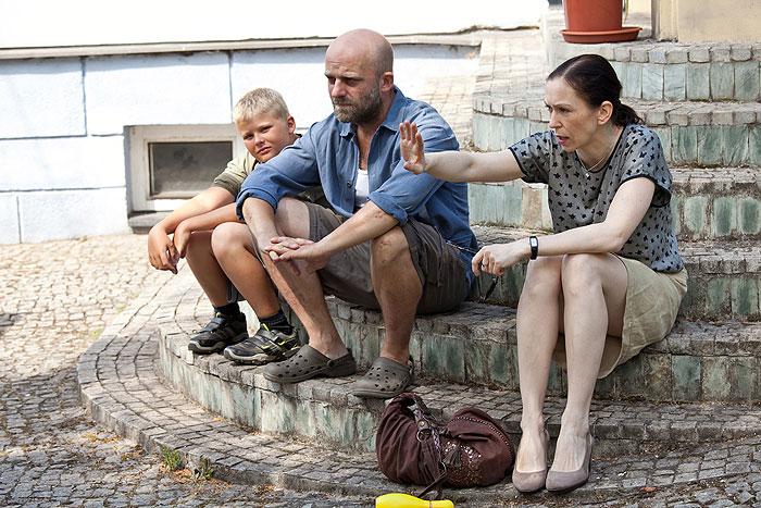 Hynek Cermák, Zuzana Stivínová, and Borivoj Cermák in Occamova britva (2013)