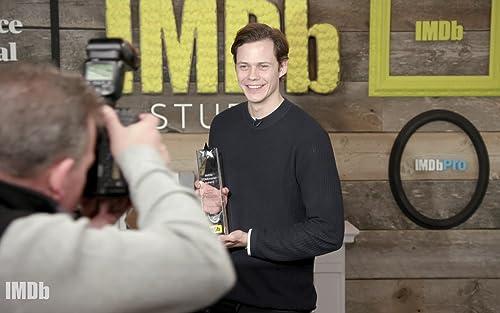 Bill Skarsgård Wins IMDb STARmeter Fan Favorite Award