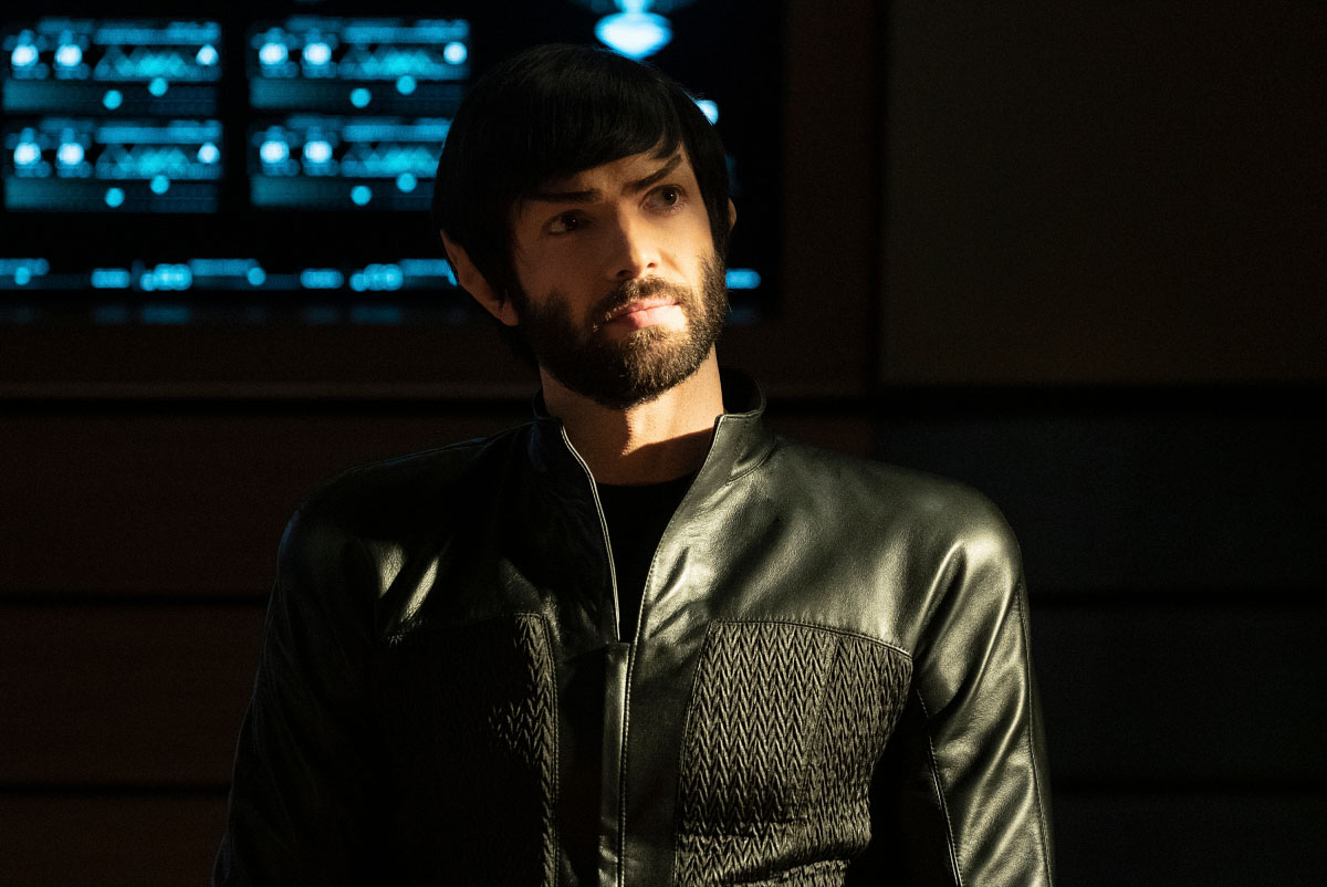 Ethan Peck in Star Trek: Discovery (2017)