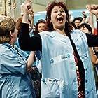 Yolande Moreau in Le bonheur est dans le pré (1995)