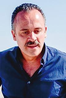 Javier Gutiérrez Picture