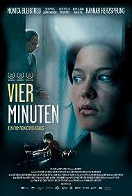 Monica Bleibtreu and Hannah Herzsprung in Vier Minuten (2006)